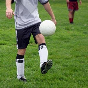 Mi piace giocare a calcio.